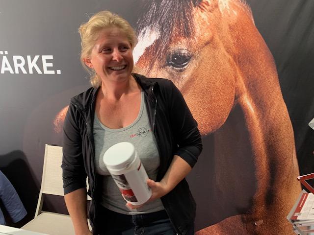 Hufschuhprofi empfiehlt STEINKRAFT Zeolith für Pferde